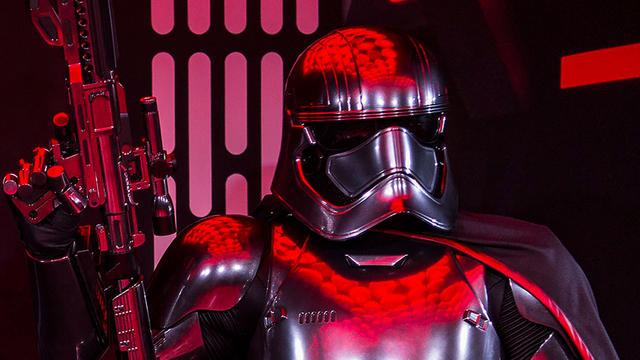 0113zu_1709ms_sof-phasma-captain_2050dec31_16-9