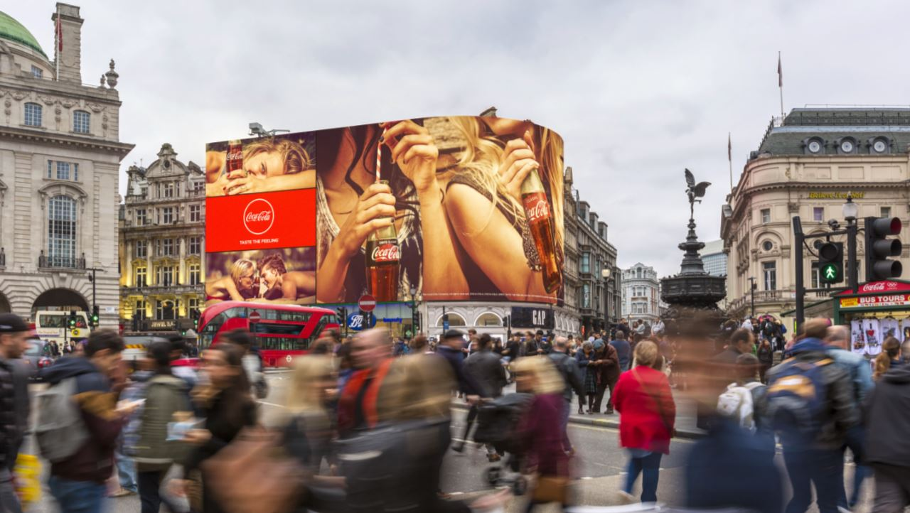piccadilly lights london 2