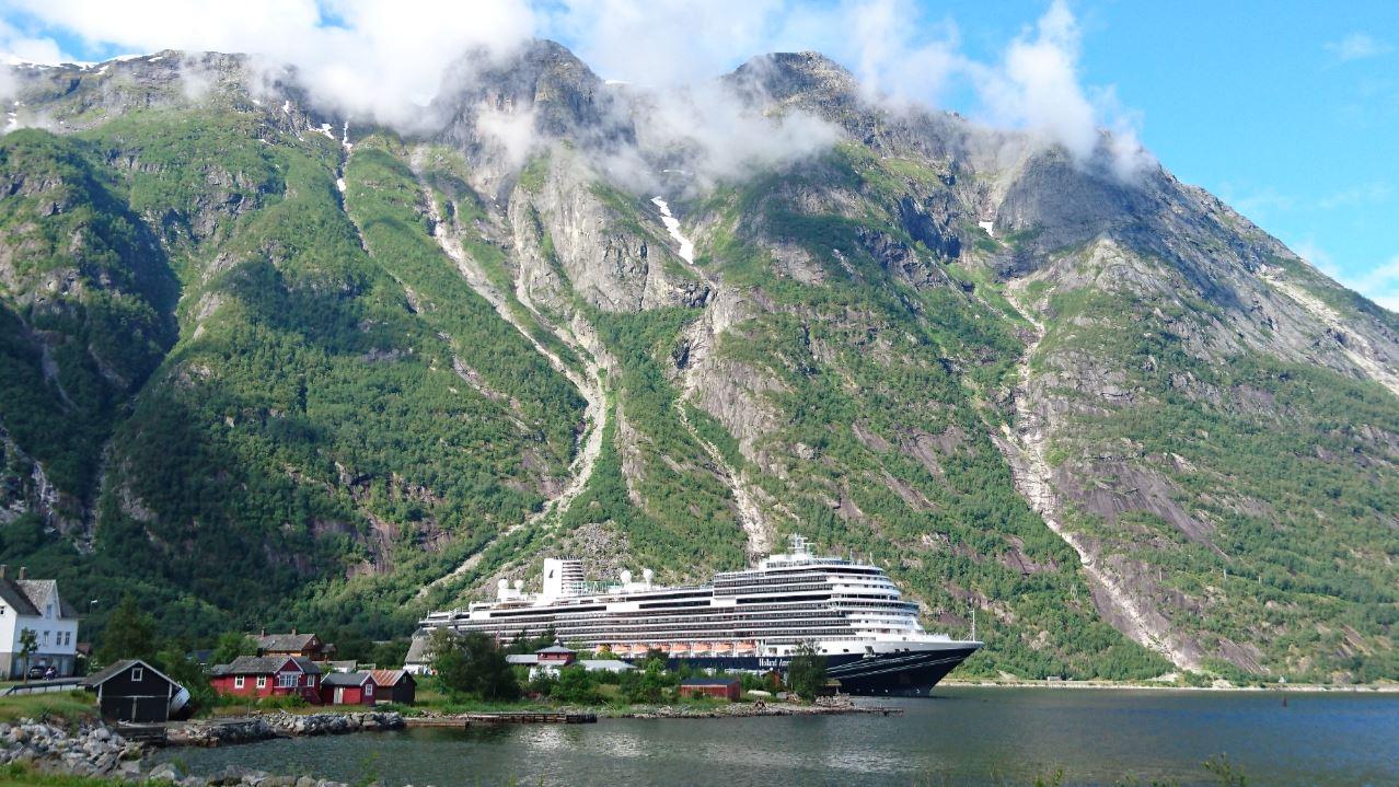 Holland America Line S Nieuw Statendam To Explore Europe