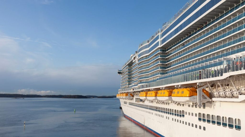 Costa Cruises takes delivery of Costa Smeralda, its first ship powered by LNG