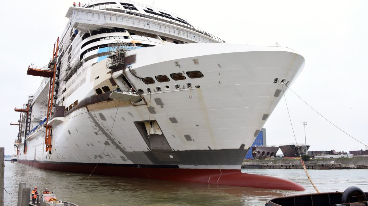 When a Grand Lady gets her feet wet, the float out of MSC ...